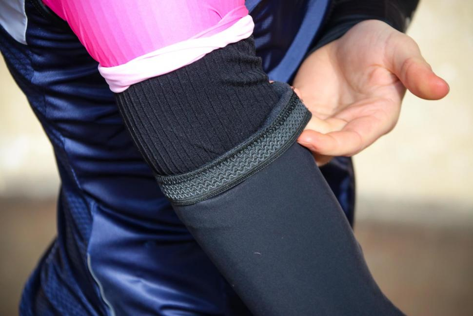 Cycology Super Roubaix Arm Warmers - cuff.jpg