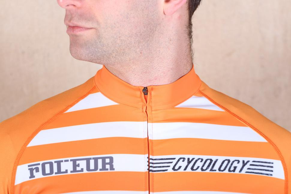cycology_vintage_grimper_mens_cycling_jersey_-_collar.jpg
