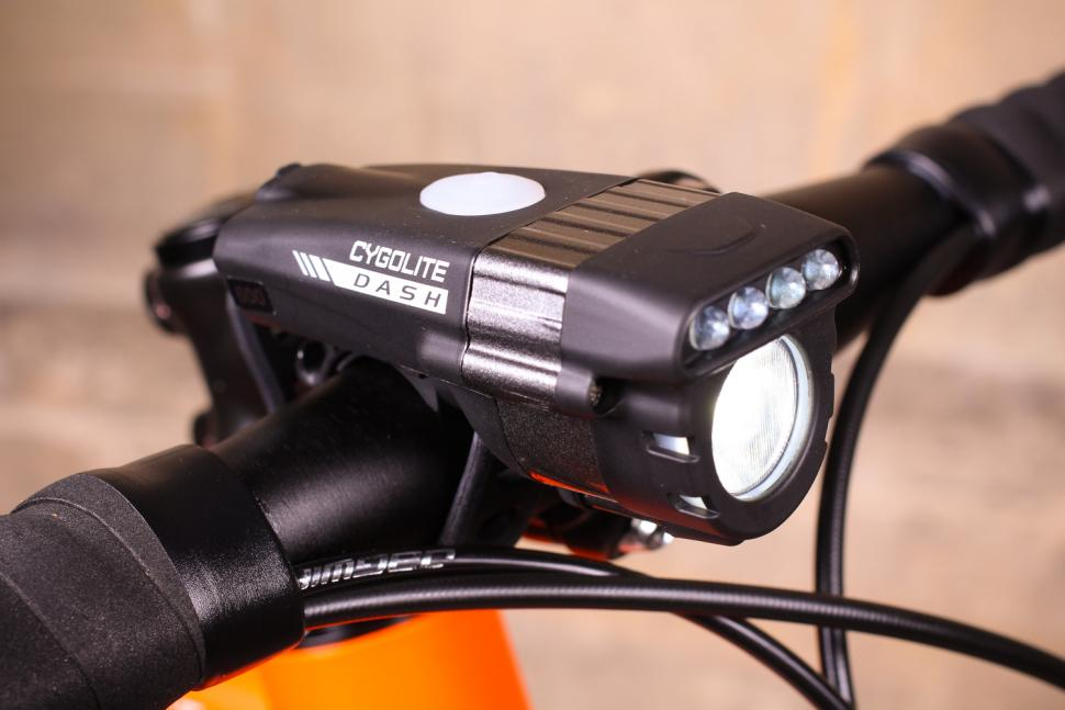 29ba0df4807 Review  Cygolite Dash Pro 600 USB front light