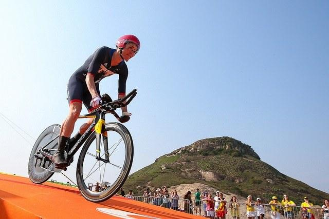 Dame Sarah Storey in the C5 Time Trial at Rio (copyright Alex Whitehead - SWpix.com for Britishcycling.org_.uk).jpg