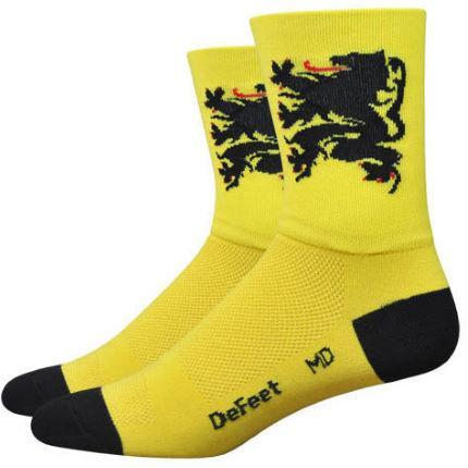 DeFeet-Aireator-Lion-of-Flanders-Socks-Cycling-Socks-Yellow-SS15-DEF-AIRTLOF101-S.jpg