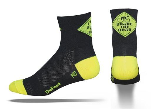 DeFeet-Aireator-Share-The-Road-Socks-86119-Zoom.jpg