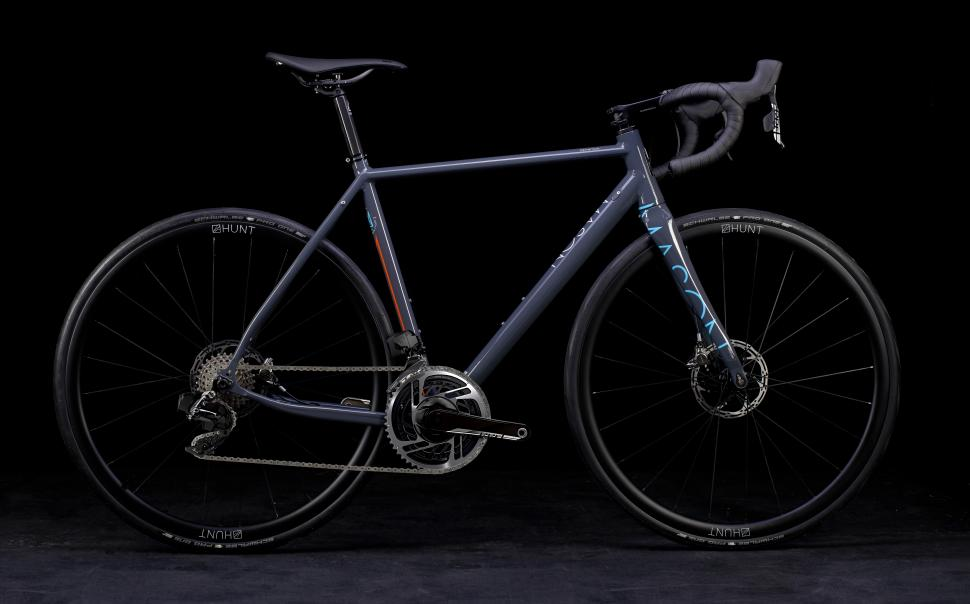 25 of the best SRAM Red eTap AXS road bikes from Specialized 812e1da96