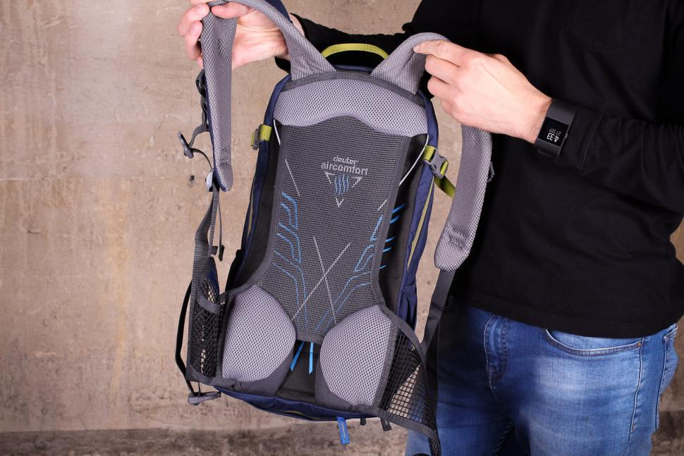Deuter Bike 1 16 EXP rucksack - back.jpg