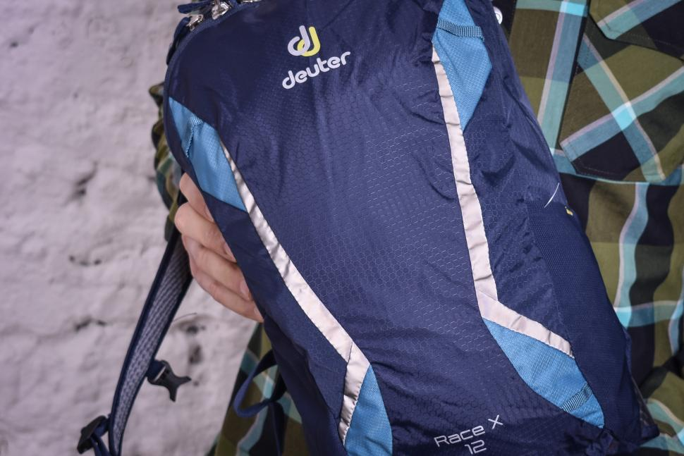 Deuter Race X 12 backpack-4.jpg