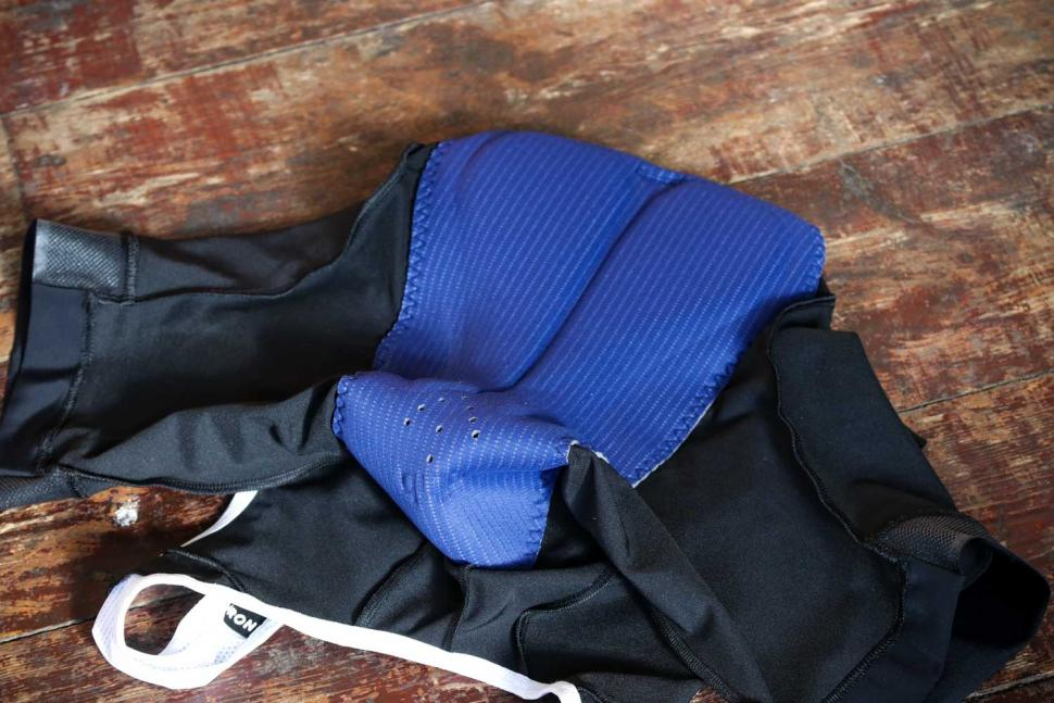 dhb Aeron bib shorts - chamois.jpg