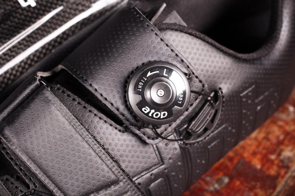 dhb Aeron Carbon Road Shoe Dial - dial.jpg