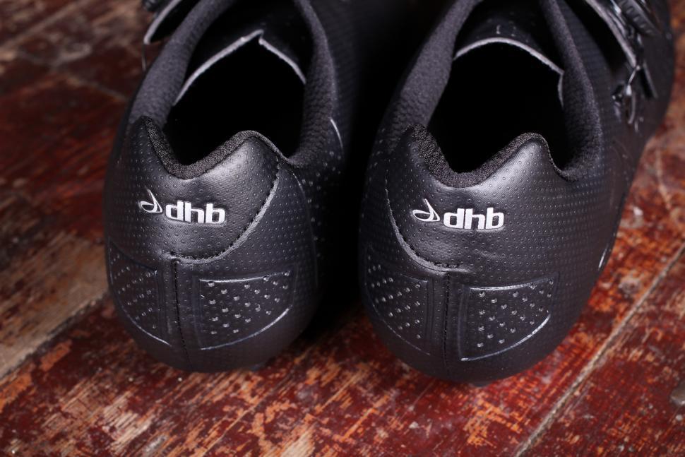 dhb Aeron Carbon Road Shoe Dial - heels.jpg