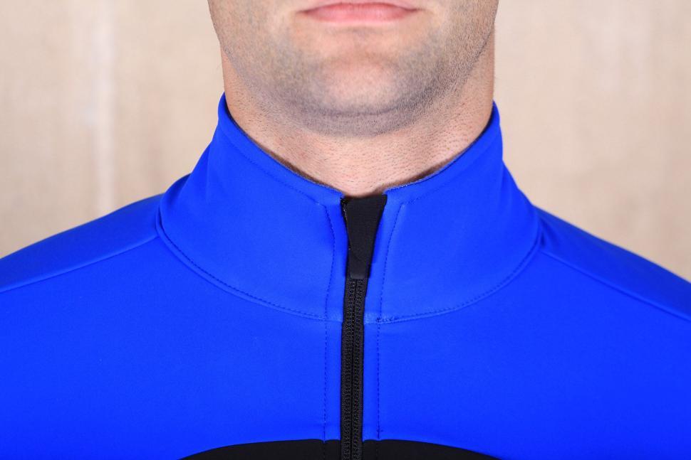 dhb Aeron Pro Full Protection Softshell - collar.jpg