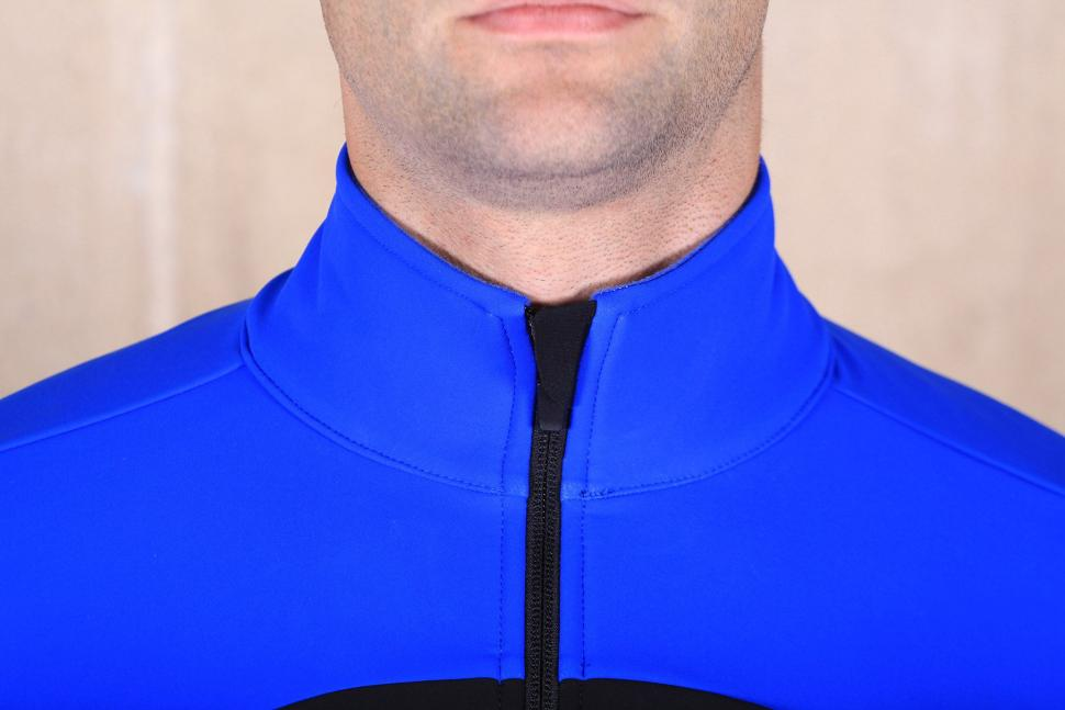 dhb Aeron Pro Full Protection Softshell - collar.jpg