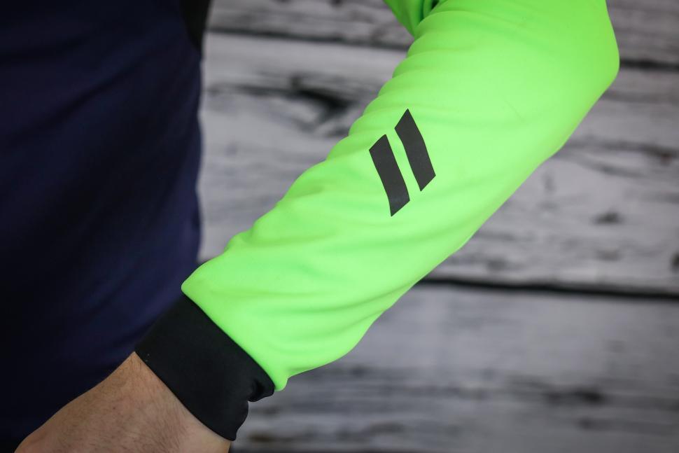 dhb Aeron rain defence jersey-3.jpg