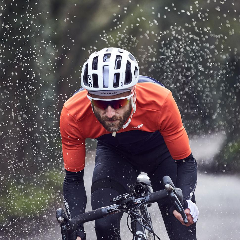 dhb s new Aeron Rain Defence clothing range designed to deal with ... d05884a26