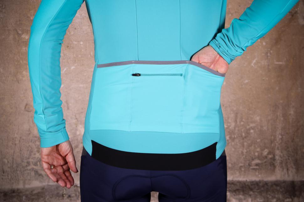 dhb Aeron Womens Roubaix Long Sleeve Jersey - pockets.jpg