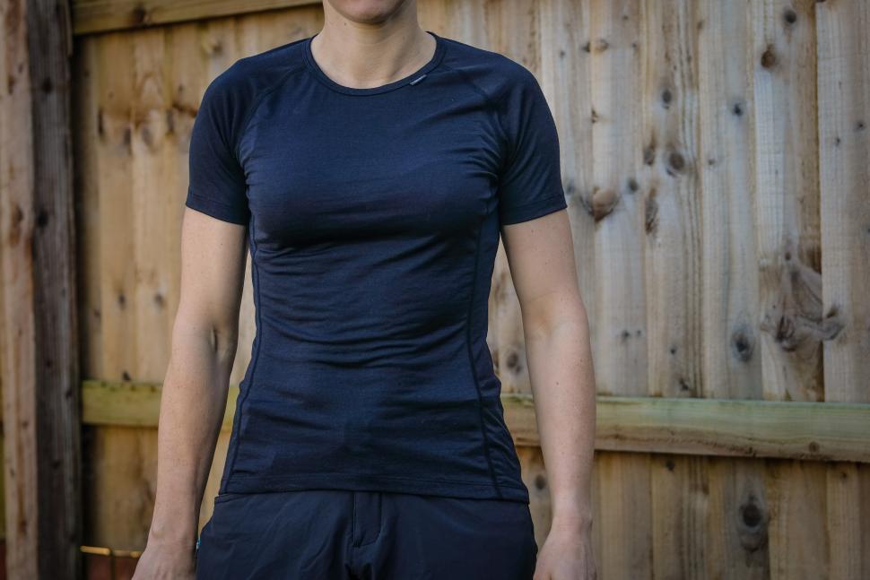 dhb Aeron Women's short sleeved merino base layer-1