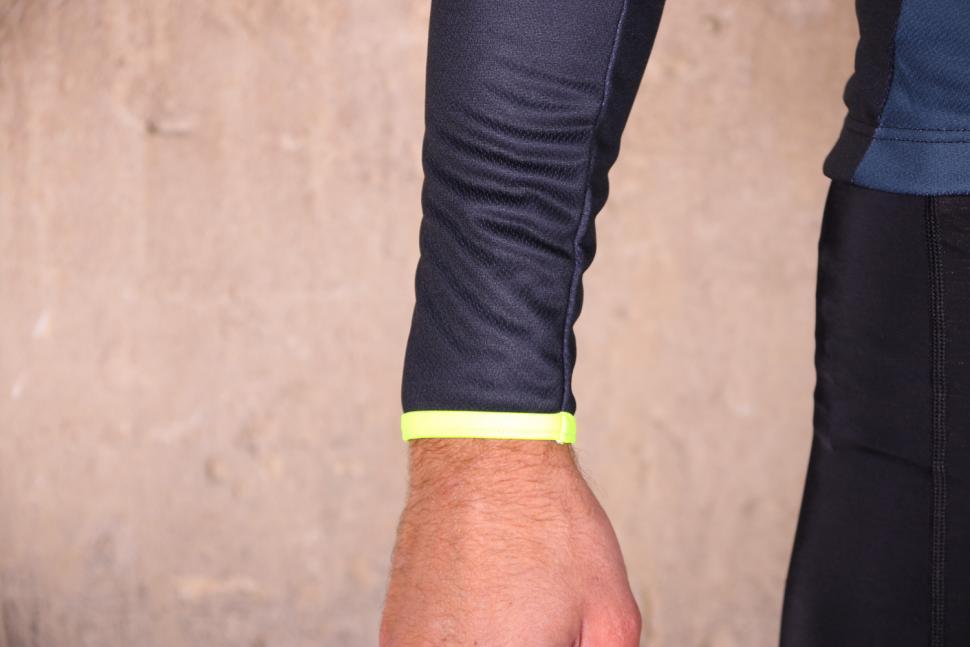 dhb Blok Thermal Long Sleeve Jersey - cuf.jpg