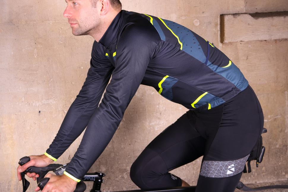 dhb Blok Thermal Long Sleeve Jersey - riding.jpg