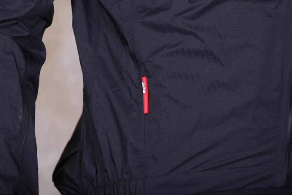 dhb Classic Rain Shell Jacket - detail.jpg