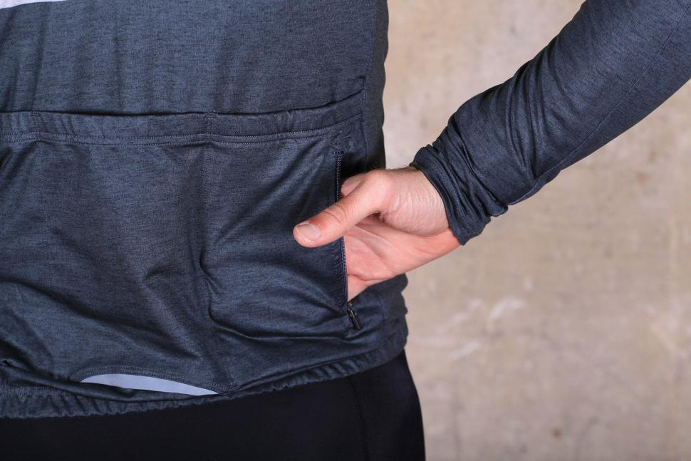 dhb Classic Roubaix Long Sleeve Jersey - pocket zipped.jpg