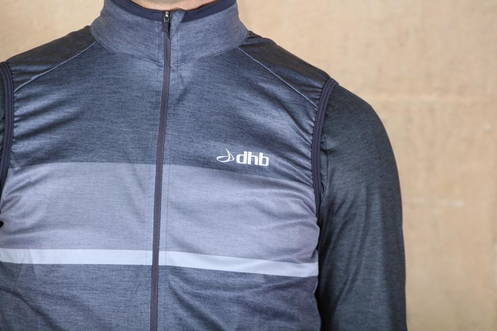 dhb Classic Windproof Gilet - chest.jpg