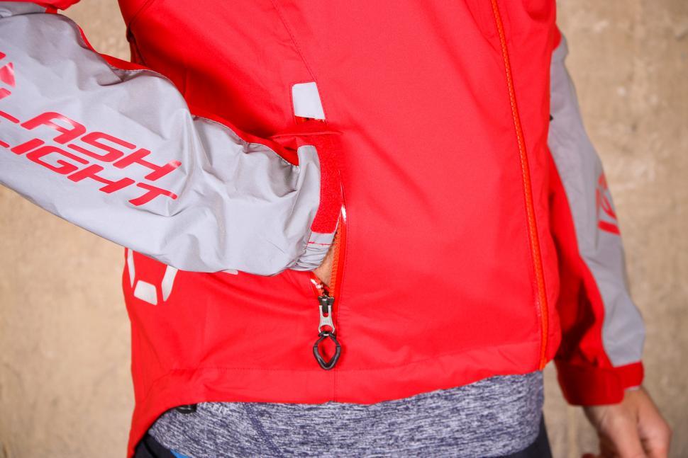 dhb Flashlight Force Waterproof Jacket - pocket 1.jpg