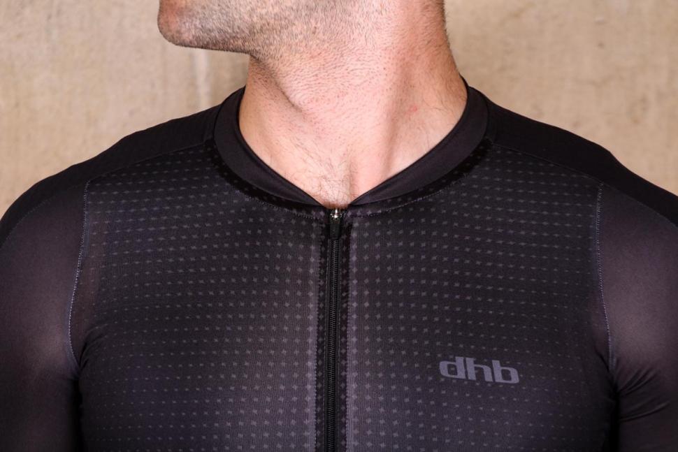 dhb_aeron_lab_raceline_short_sleeve_jersey_-_collar.jpg