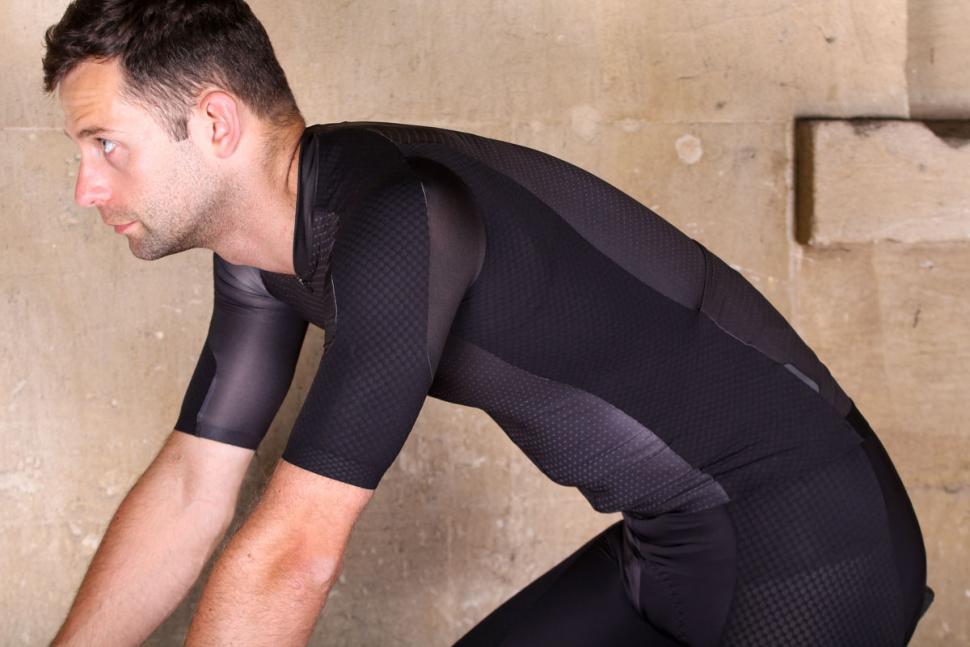dhb_aeron_lab_raceline_short_sleeve_jersey_-_riding.jpg