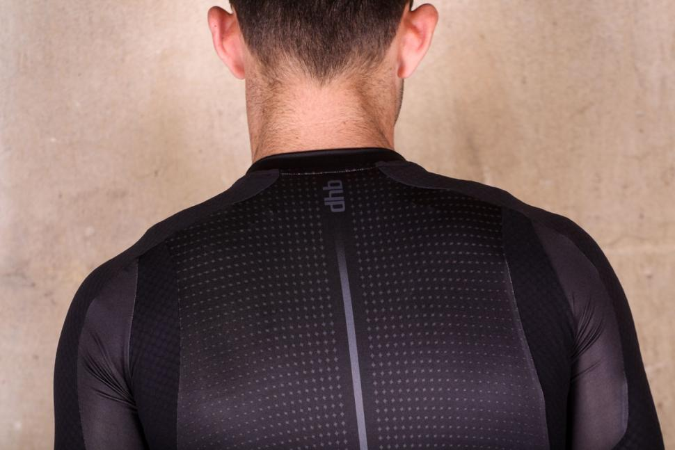 dhb_aeron_lab_raceline_short_sleeve_jersey_-_shoulders.jpg