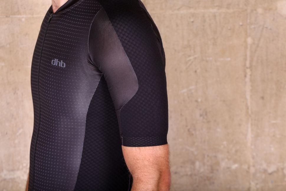dhb_aeron_lab_raceline_short_sleeve_jersey_-_sleeve.jpg