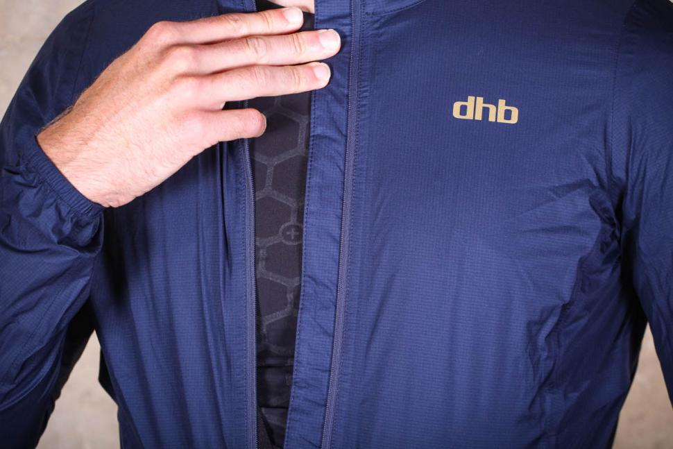 dhb_aeron_lab_ultralight_waterproof_jacket_-_wind_buffer.jpg