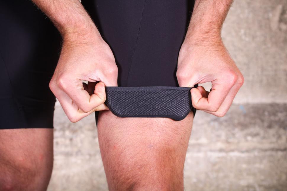 dhb_aeron_speed_bib_shorts_-_cuff_gripper.jpg