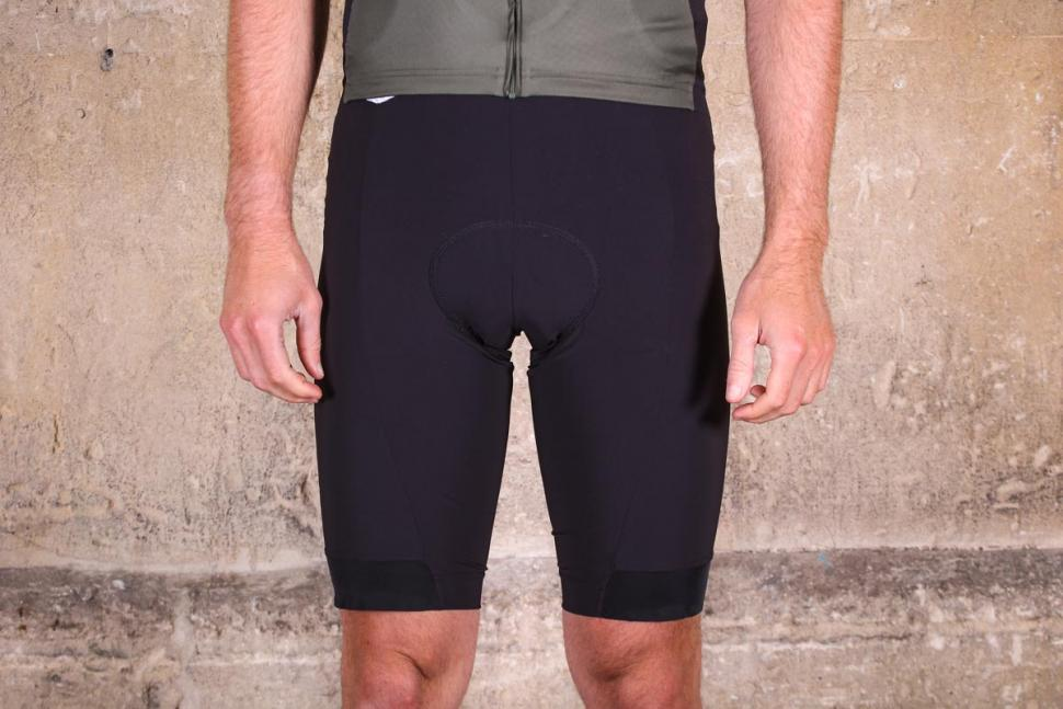 dhb_aeron_speed_bib_shorts.jpg