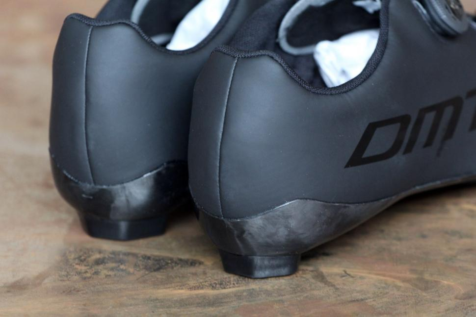 DMT Road Shoe R1 - heels.jpg