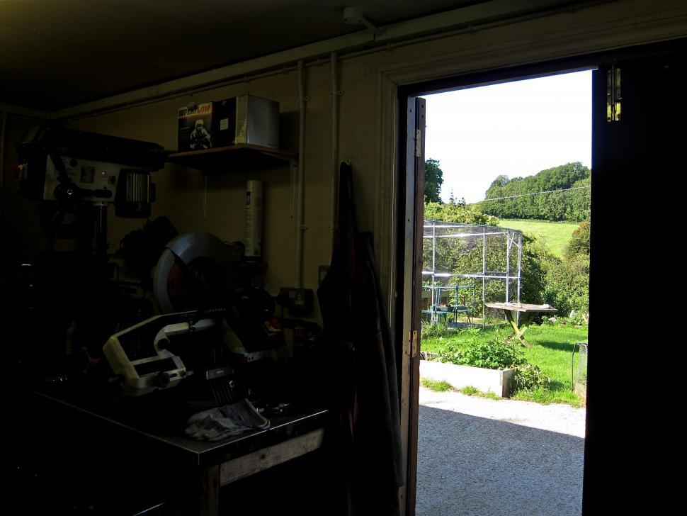 DownlandCycles1-Outside.jpg