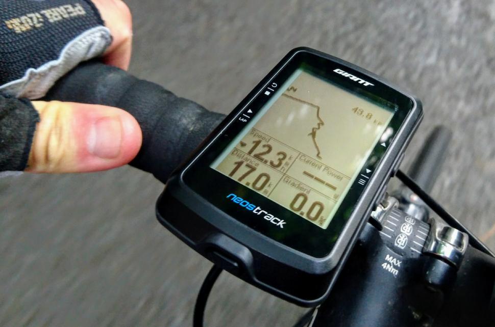 Giant Neostrack GPS Computer - riding