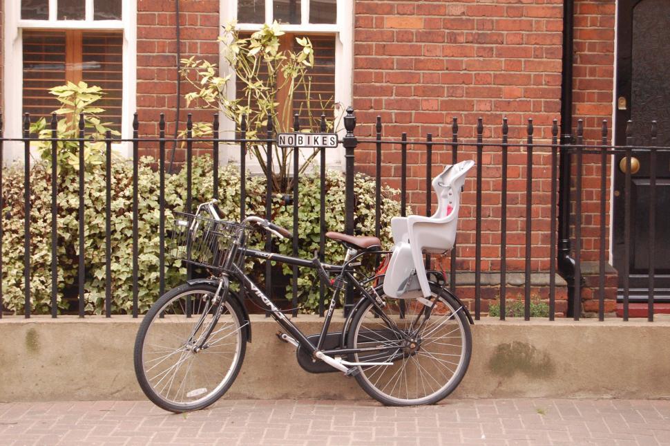 No bikes bike parking (copyright Laura Laker)