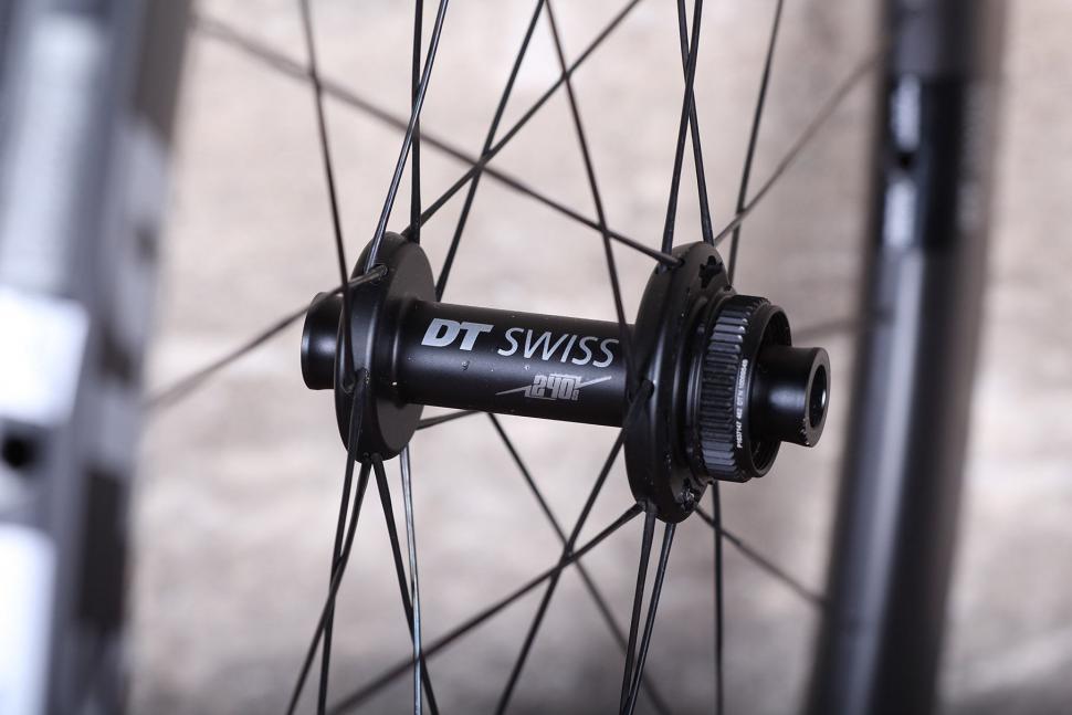 DT Swiss ERC 1100 Dicut DB Endurance Road Wheels - front hub.jpg