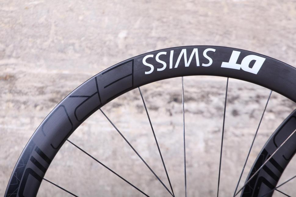 DT Swiss ERC 1100 Dicut DB Endurance Road Wheels - rim detail.jpg
