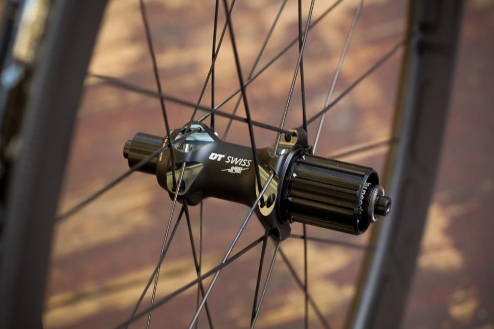 Review: DT Swiss PRC 1400 Spline 65 | road cc
