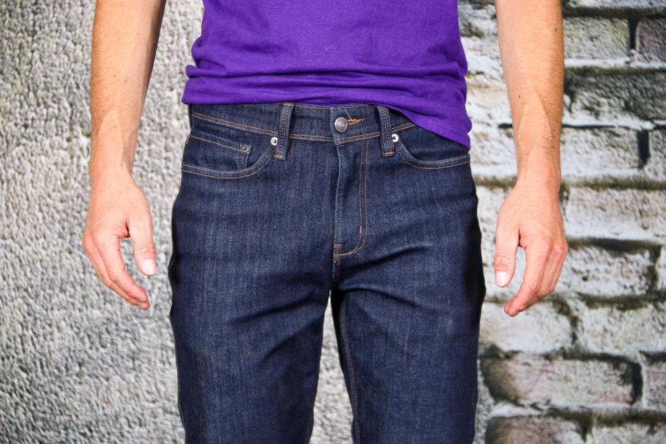 DUER Stay Dry Denim Relaxed cycling jeans - front detail.jpg