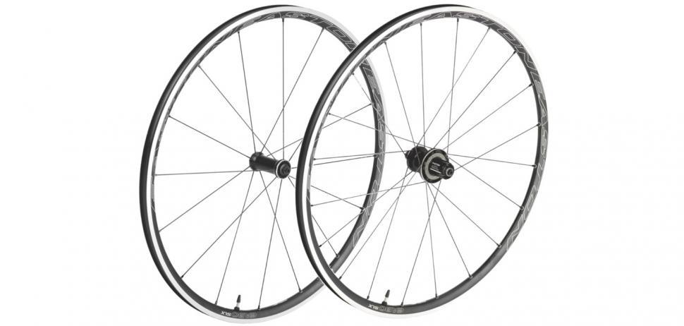 Easton EA90 SLX Clincher Wheels.jpg