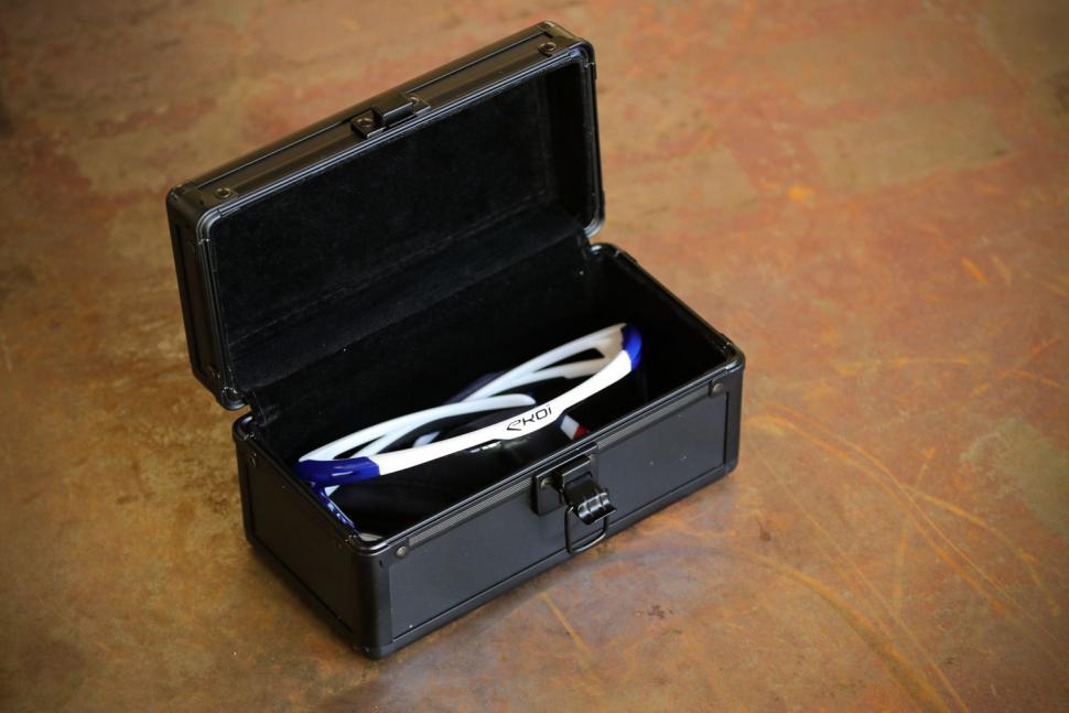 Ekoi Perso Evo 9 glasses - box 2.jpg