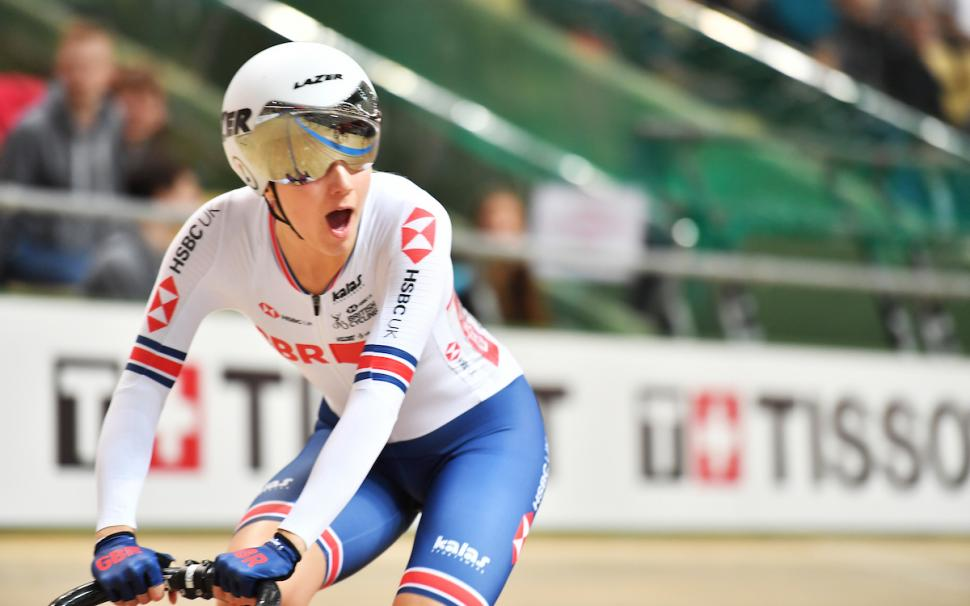 Elinor Barker wins scratch race gold at the 2019 UCI Track Cycling World Championships (picture credit SWPix.com)