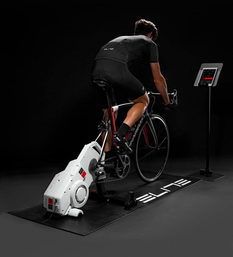 elite drivo trainer 1.jpg