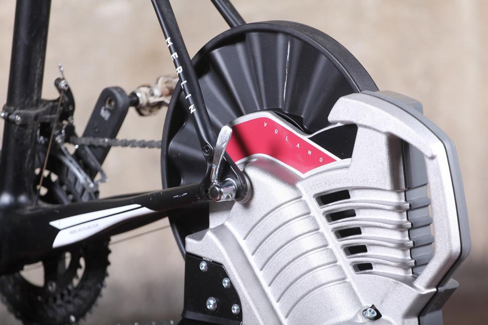 Elite Volano Fluid direct drive trainer - QR.jpg