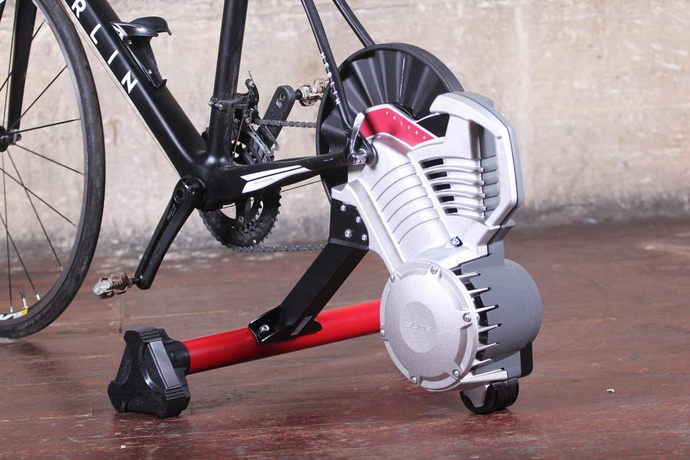 Elite Volano Fluid direct drive trainer.jpg