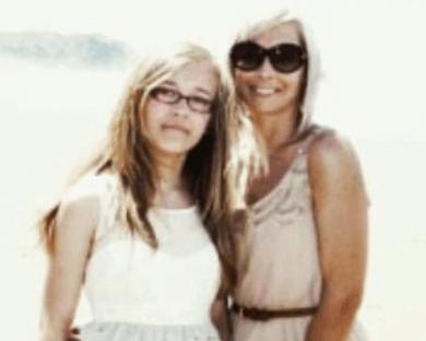 Emily Norton (right) with her daughter (picture supplied).PNG