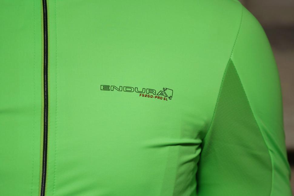 1   8. endura-fs260-pro-sl-classics-jersey.jpg 4d65e73d1
