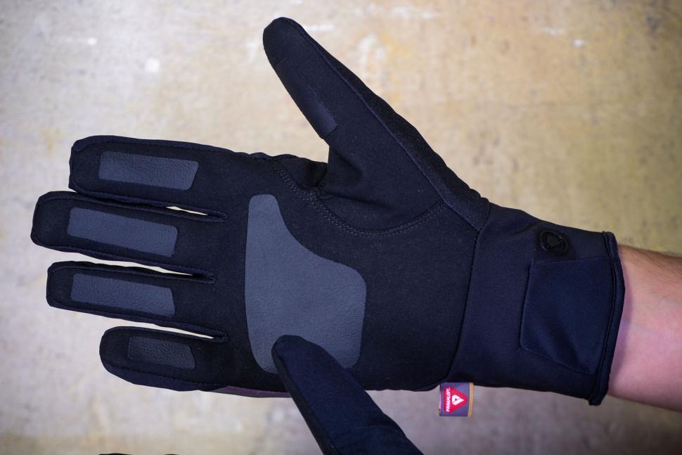 Endura Pro SL Primaloft Waterproof glove - palm.jpg