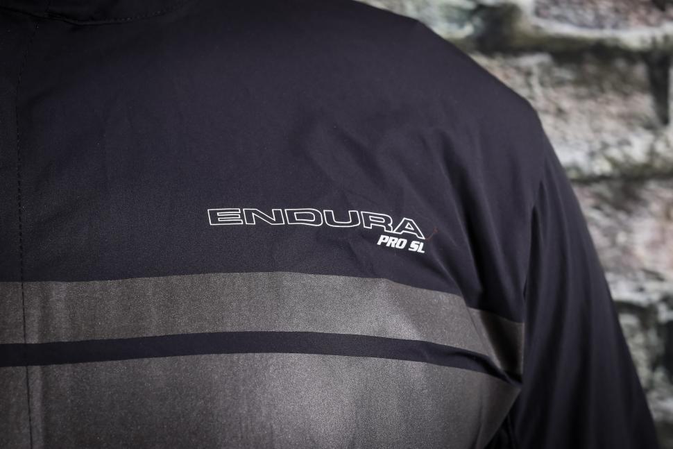 Endura Pro SL Windshell-2.jpg