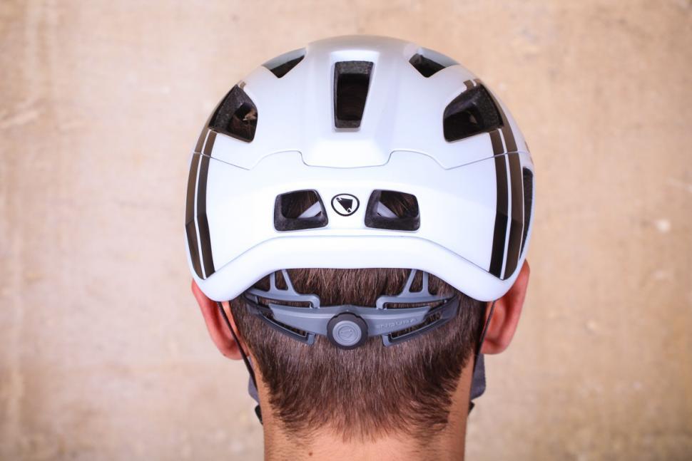 endura_fs260-pro_helmet_-_back.jpg